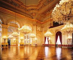 Empire Style reception room, Royal Palace of Brussels, Belgium. (and look at all those chandeliers.) Ballroom for northern colonies Interior Architecture, Interior And Exterior, Gothic Architecture, Ancient Architecture, Palaces, Royal Palace, Pink Palace, Imperial Palace, Ballrooms