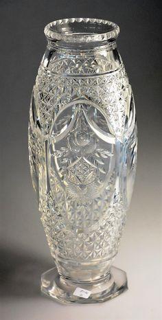 Val St Lambert vase Évian en cristal taillé, dessin de Joseph Simon vers 1925.