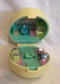Muñecas Y Accesorios Nuevo En Caja Vintage Polly Bolsillo Fun Fair Set De Juego Silly Spinner