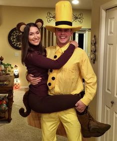 50 Sweet Couple Halloween Costumes That You Must Know - BeauteHair Scary Couples Halloween Costumes, Cute Couple Halloween Costumes, Best Couples Costumes, Cute Costumes, Costume Ideas, Costumes For 3 People, Halloween Ideas, Pretty Halloween, Holiday Costumes