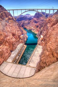 Hoover Dam Bypass bridge crosses the Colorado River downstream from the Hoover Dam. Been there many years ago.on that very bridge.interesting to see once in your life. Las Vegas, Hoover Dam Bridge, Wonderful Places, Beautiful Places, Amazing Places, The Places Youll Go, Places To See, Colorado River, Colorado Usa