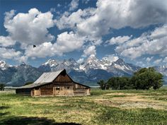 Barn, Grand Teton National Park, WY - The setting sun illuminates storm clouds above the Grand Teton Range and the T. Moulton barn in Grand Teton National Park. Panoramic Photography, Old Photography, Landscape Photography, Usa Pictures, Barn Pictures, National Parks Usa, Grand Teton National Park, Visit Usa, Farms Living