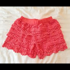 Coral lace shorts Never before worn Coral lace shorts with elastic waistband Olsenboye Shorts