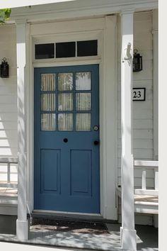 Yellow Front Doors, Front Door Paint Colors, Exterior Paint Colors For House, Front Door Design, Interior Paint Colors, Paint Colours, Painted Exterior Doors, Painted Front Doors, House Color Schemes