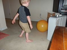 i'm going to make it (after all): 100 (Attempted) Ways to Entertain a Young Toddler, Day 92: Toddler Fan Ball