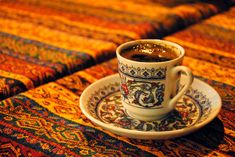 Show that the souvenir of Turkish coffee is more than 40 years . Coffee Geek, Coffee Is Life, I Love Coffee, Coffee Time, Small Coffee Cups, Espresso Drinks, Turkish Coffee, Best Western, Turkish Recipes