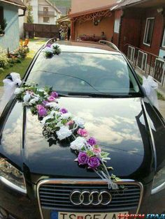 Ideas weding cars decorations 2017 for 2019 Wedding Blog, Wedding Events, Dream Wedding, Wedding Car Decorations, Flower Decorations, Bridal Car, Car Ornaments, Here Comes The Bride, Wedding Designs