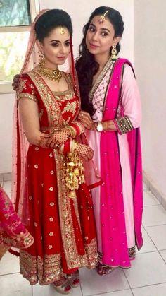 The ravishing sisters, Ismeet Kohli and Tavleen Kohli in Rimi Singh Label. Thank you Ismeet, Tavleen, you look like angels. Lilac Grey, Organza Saree, Indian Bridal, Salwar Suits, Salwar Kameez, Indian Wear, Wedding Bride, Party Wear, Casual Wear