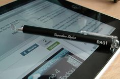 iPad stylus.Apple iPad's touch screen was designed to only responds to a finger tip instead of a stylus.