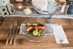Wedding Table Decor Wedding Crafts, Wedding Decorations, Wedding Ideas, Table Decorations, Wedding Table Place Settings, Wedding 2017, Sugar, Home Decor, Homemade Home Decor