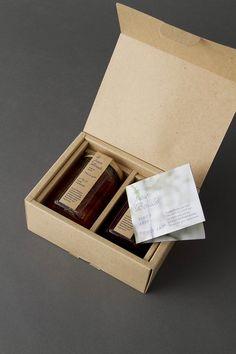 package design for le pain boule – artless Inc. Honey Packaging, Perfume Packaging, Luxury Packaging, Paper Packaging, Food Packaging, Packaging Design, Branding Design, Packaging Ideas, Label Design