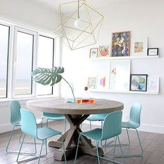 """Look at this beautiful dining room with the chairs """"visu chair"""" of @muutodesign!"""