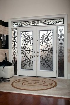 Top Modern Wrought Iron Doors for an Elegant Entry to Your House – Interior Design wrought Iron Door designs Grill Door Design, Door Gate Design, Front Door Design, Wrought Iron Decor, Wrought Iron Gates, Iron Front Door, Iron Doors, Front Entry, Unique Front Doors