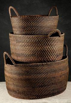 Simple Basket Storage Ideas Made Of Rattan French Flowers, Save On Crafts, Rattan Basket, Picnic Baskets, Flower Market, Basket Weaving, Woven Baskets, Bamboo Weaving, Beige