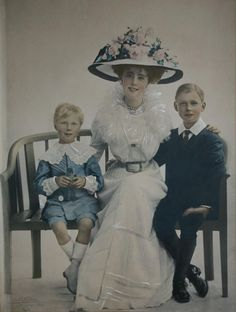 Daisy von Pless with her sons, a photo taken on her birthday, 28 June,1909, Newlands