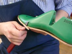 step one - affixing the insole to the last and trimming it. How To Make Boots, How To Make Leather, Fashion Slippers, Shoe Crafts, Felt Shoes, Handmade Leather Shoes, Mens Boots Fashion, Felted Slippers, Shoe Pattern