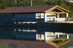 Molino de mareas de Santa Olaja  #Isla #Cantabria #Spain #Spagna #Spagne #España #Spanien Industrial, Cabin, House Styles, Outdoor Decor, Mayo, Home Decor, Store, Islands, Places To Visit