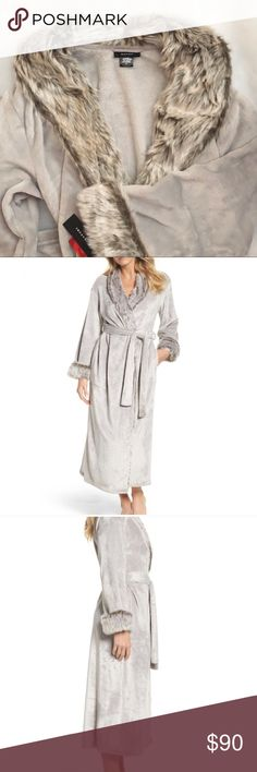 Natori faux fur robe light grey sz M, NWT Natori robe in light grey with Felix fur collar and cuffs. Super soft and so elegant. sz M, NWT. See pics for measurements and other details. Natori Intimates & Sleepwear Robes