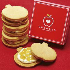Biscuits, Cafe Menu, Japanese Sweets, Food Humor, Food Packaging, Food Gifts, Chocolate Desserts, Food Design, Cake Cookies