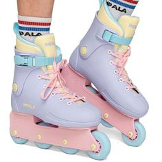 Roller Skate Shoes, Roller Skating, Skates, Inline Skating, Look Cool, Barbie, Cute Shoes, Timberland Boots, High Top Sneakers