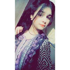Cute Girl Image, Cute Girl Photo, Girl Photo Poses, Girl Photography Poses, Girl Poses, Beautiful Girl Makeup, Beautiful Girl Photo, Beautiful Girl Indian, Beautiful Hijab