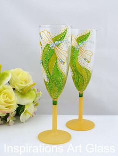 Set of 2 Wedding toasting glasses Champagne flutes Hand painted wedding glasses Dragonfly glasses Spring wedding Greenary wedding Glitter glasses Fresh design suitable for your spring wedding. Beautiful green fairy of colors, dragonflies with crystals complemented by glitter