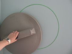 How to paint circles on a wall. Any size.