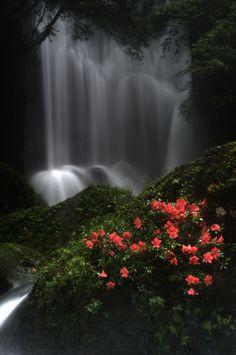 *waterfall