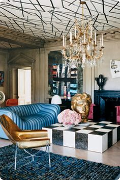 disegno Karina Gentinetta: Hollywood Regency Glamour roof. Love that gold chair and the crazy blue sofa!