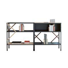 De nieuwste toevoeging aan de Moormann collectie: De So Oder So kast. Modulair, zwart metaal met houten kruisschoren als uniek detail.