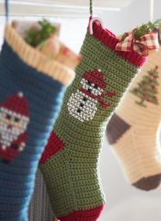 Cross Stitch Design on #Crochet Christmas Stocking via @Las Teje y Maneje