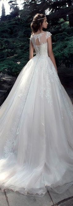 Milva 2017 Wedding Dresses – Sunrise Collection - Belle The Magazine Dresses Elegant, Pretty Dresses, Beautiful Dresses, Wedding Dress Trends, 2017 Wedding, Wedding Gowns, Wedding Gallery, Bridal Skirts, Bride Gowns