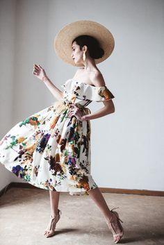 Foto de Boüret Colección 2016 (10/28) Nice Dresses, Casual Dresses, Short Dresses, Tea Party Outfits, Convertible Dress, Boho Fashion, Fashion Design, Feminine Style, Dream Dress