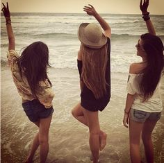 Girls Beach Day!