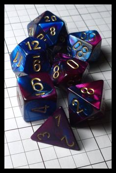 Dice - Dice Sets - Chessex Gemini Blue Purple 26428 - Ebay Dec 2014 (Joe Barbercheck's DICE SETS) Playing Dice, Lets Play A Game, Dungeons And Dragons Homebrew, Misfit Toys, D D Characters, Nerd Love, Magic The Gathering, Decir No, Nerdy