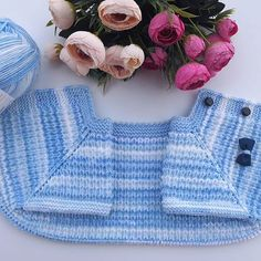 No photo description available. Baby Knitting Patterns, Knitted Hats, Creative, Instagram, Fashion, Olinda, Moda, Fashion Styles, Fashion Illustrations