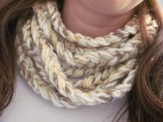Red Barn Candle Company: No Sew Braided Cowl
