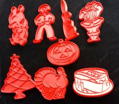 Vintage lot 8 Tupperware Red Cookie Cutters pumpkin man pig bunny birthday cake #Unbranded