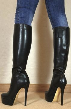 Serve & obey me Mark Shavick! Leather High Heel Boots, Thigh High Boots Heels, Stiletto Boots, Heeled Boots, Bootie Boots, Beige Boots, Black Boots, Gala Gonzalez, Botas Sexy