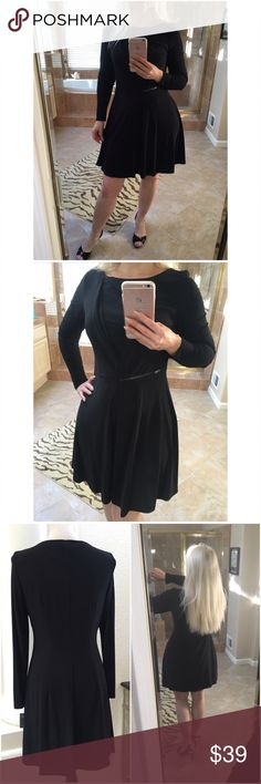 """Taylor dress 6 black long sleeve zipper wrap like Taylor dress size 6 to 8 M NWT ✨ long sleeve pullover dress with side decor zipper, gathered slant for semi wrap look ✨ fully lined heavy poly spandex ✨ dimensions: 35"""" length, 18"""" bust pit to pit, waist 31"""", hips 40-42"""" ✨ great for work or dinner ✨ Taylor Dresses Long Sleeve"""
