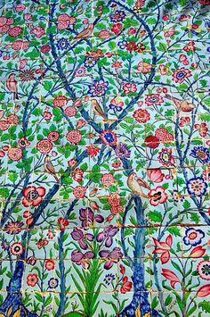 Hafezie shriaz Arabic Calligraphy Art, Arabic Art, Islamic World, Islamic Art, Tile Patterns, Pattern Art, Ceramic Tile Art, Paisley Art, Persian Motifs