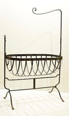 22e0f368ec6c Strong iron crib