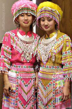 Google Image Result for https://alm7.wikispaces.com/file/view/Picture_6.png/142058337/Picture_6.png  Hmong Tradtional Dress