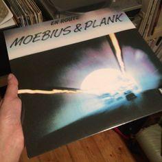 Moebius & Plank - En Route 1986 re  #krautrock #kraftwerk #moebius #connyplank #vinylcollection #vinylrecords #records #record #vinyljunkie #33rpm #vinyligclub #cratedigger #instavinyl #nowplaying #nowspinning #vinyl #vinylporn #vinilo #vinyllove #vinyloftheday #vinylcollector #dustyfingers #instavinyl #music #instamusic #lp #vinylgram #vinylcommunity #vinylcollectionpost by diggingmyowncrates