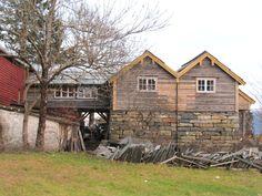 Museet-fasade-vest-nov.2012.jpg (Obrazek JPEG, 1438×1084pikseli)