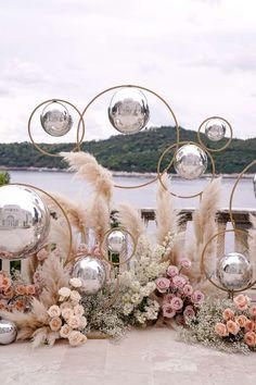 Wedding Stage, Diy Wedding, Wedding Ceremony, Decoration Evenementielle, Background Decoration, Balloon Decorations, Flower Decorations, Wedding Decorations, Wedding Trends