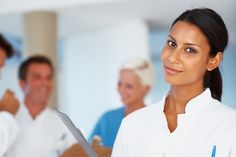 how to become a phlebotomist online