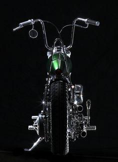 """""""Shovel Pan"""" by Jeff Cochran Speedking / Cincinnati, OH. Motorcycle Paint Jobs, Motorcycle Art, Bike Art, Motos Harley Davidson, Classic Harley Davidson, Custom Bobber, Custom Harleys, Vintage Motorcycles, Custom Motorcycles"""