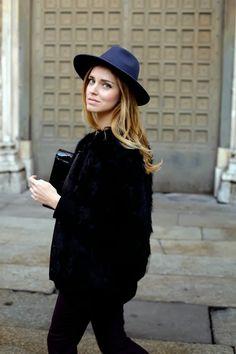Ootd street style chiara ferragni hat maison michael fur coat