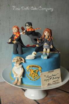Harry Potter inspired cake - For all your cake decorating supplies, please visit craftcompany.co.uk
